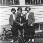 Jacquie Teeter-Durkee, Turnpike School, far right