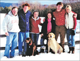 Ned, Woody, Kelsey, Amy, Bo and Cathie Redpath at Christmastime