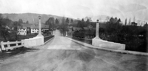 The second Ledyard Bridge is constructed in 1935 for $135,000