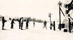 Not-so-long-ago ski school on Cemetery Hill, 1940